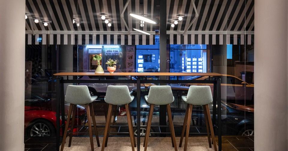 דלפק עם נוף  - מלון מיוז תל אביב