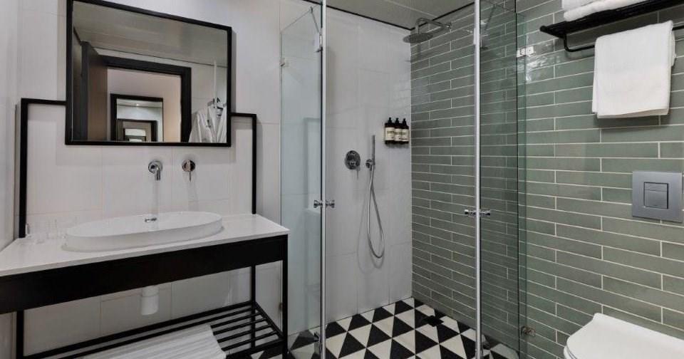 חדר אמבטיה -  - מלון מיוז תל אביב